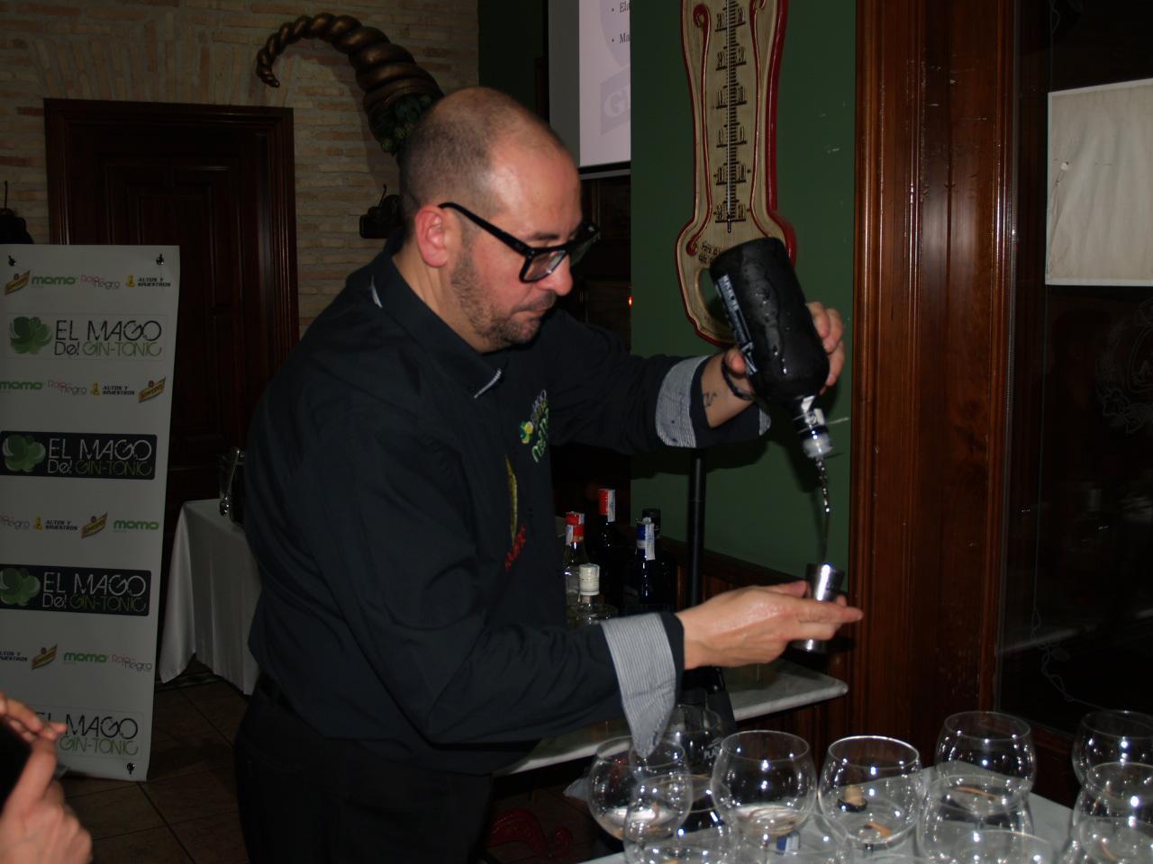 Master Class sobre Gin Tonic en la Cervecería Cruz Blanca de Ciudad Real