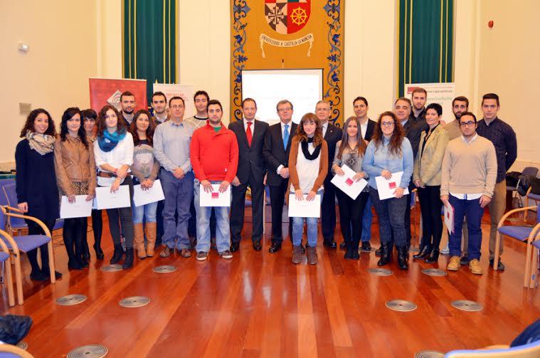 104 estudiantes de la UCLM harán prácticas remuneradas por Banco Santander en pymes de la región