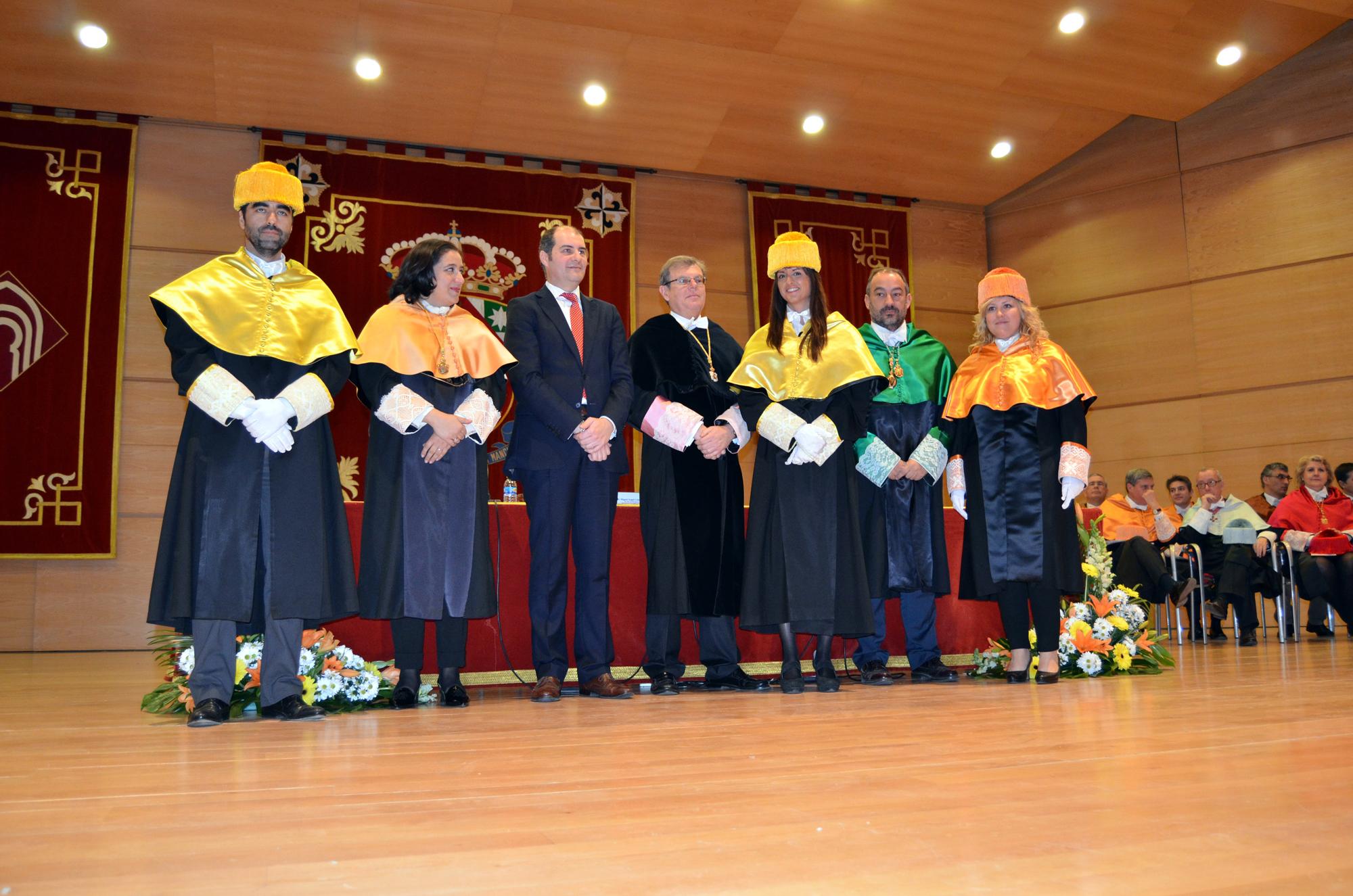 La UCLM conmemora la festividad de su patrón con la incorporación de 168 nuevos doctores a su Claustro