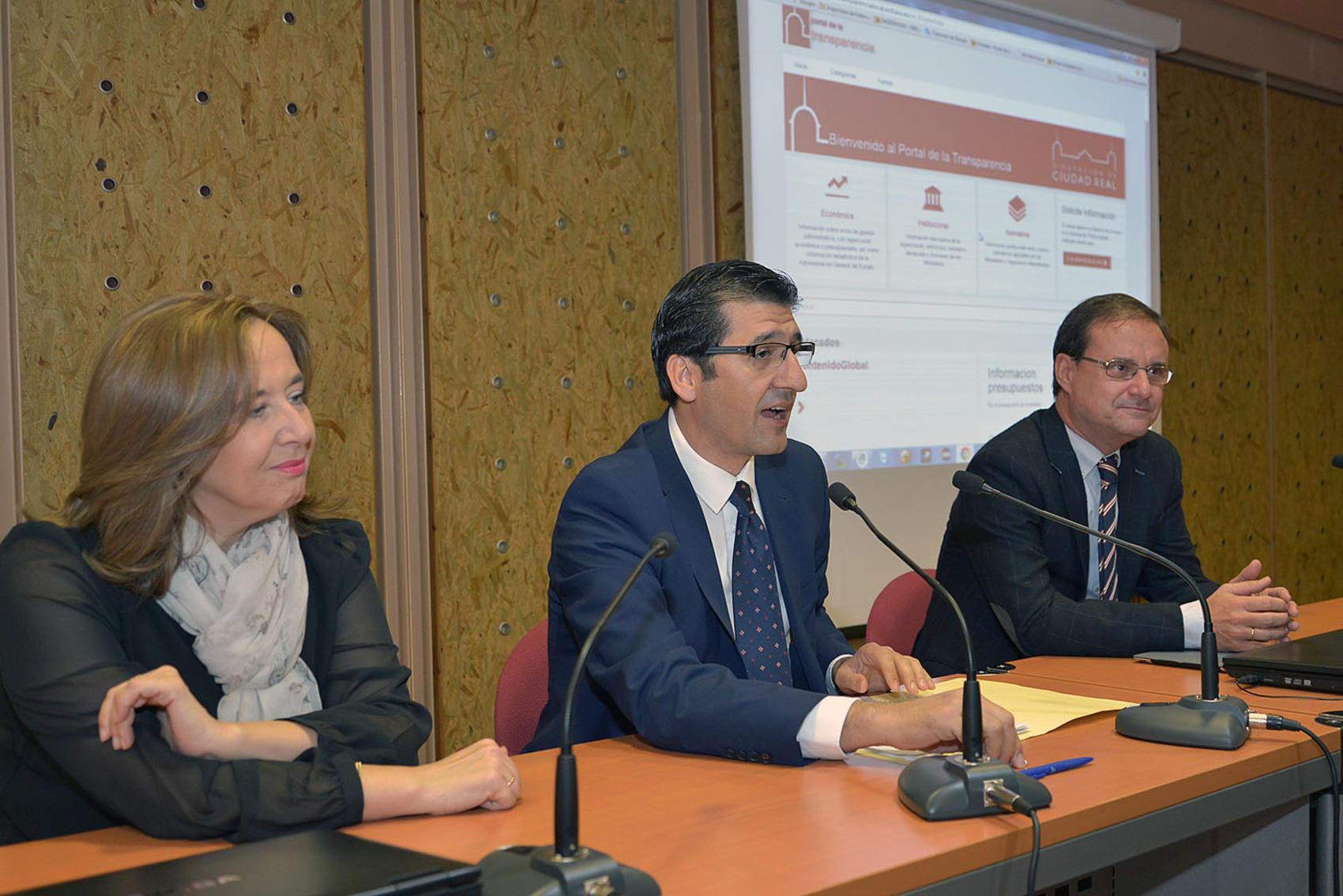 Hacienda pide autorización para utilizar la Diputación como ejemplo de transparencia