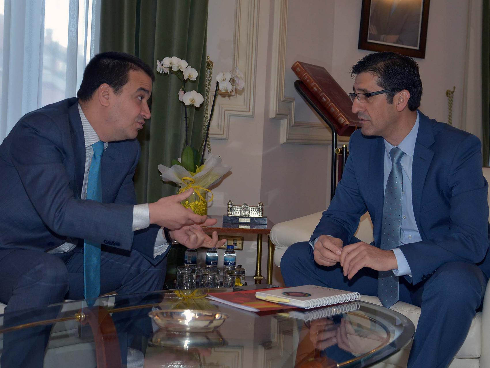 Diputación y Gobierno de Castilla-La Mancha firmarán un convenio de colaboración para FENAVIN 2017
