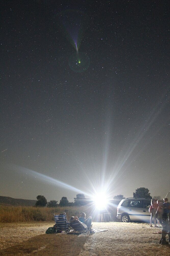 Doscientas personas se citan con las estrellas en Daimiel