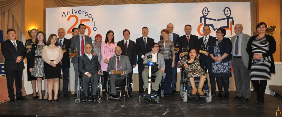 Cocemfe premia a la Diputación por saber estar a lado de los más débiles en tiempos difíciles