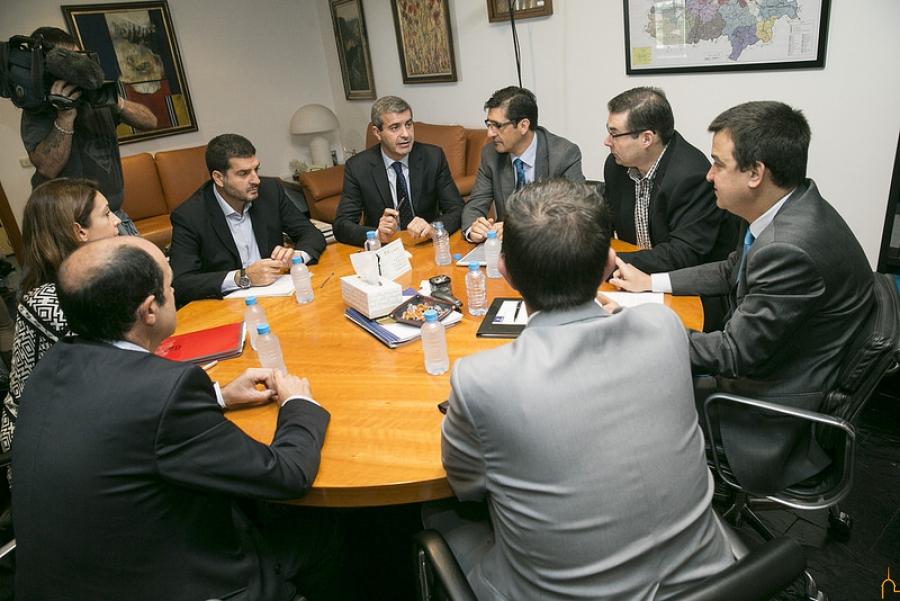 La Diputación de Ciudad Real y el Gobierno Regional trabajarán juntos en la mejora de los caminos rurales