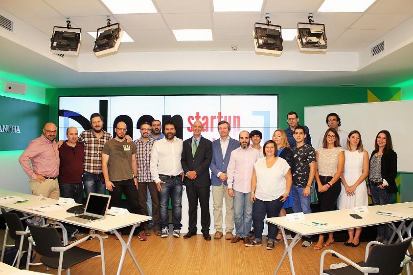 La Fundación Caja Rural Castilla-La Mancha clausura la tercera edición de su programa ' Startup Dragons '