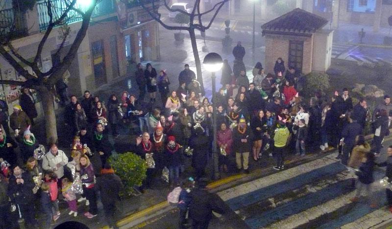 Uvas, cotillón, fuegos artificiales y mucho frío para recibir 2017 frente al Ayuntamiento de Miguelturra