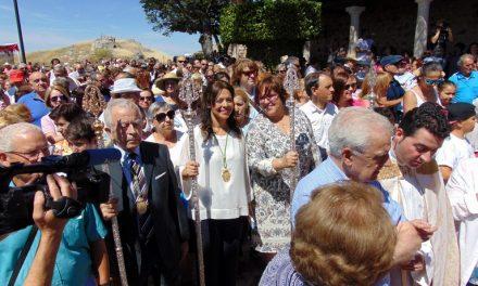 Pilar Zamora recuerda a las víctimas de los atentados de Londres en la Romería de la Virgen de Alarcos
