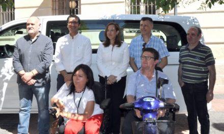 La Diputación destina 30.000 euros a la adaptación de taxis, con incidencia sobre todo en el ámbito rural