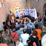 Más de 300 personas revivieron los últimos días de la Orden Calatrava en la fortaleza de Calatrava la Vieja