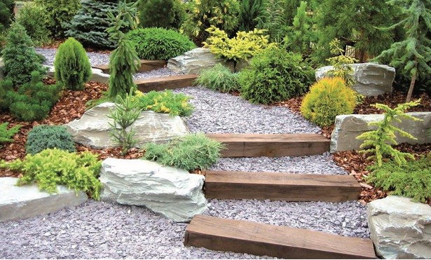 """""""Piedras naturales"""" en los jardines"""