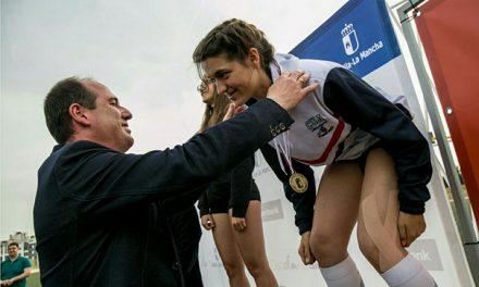 La atleta ciudadrealeña Raquel de la Cruz Alache se proclama campeona de Castilla-La Mancha en la prueba de 100 metros vallas Sub18