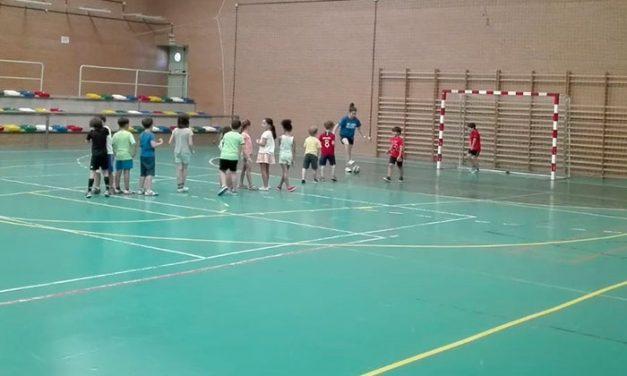 35 niños disfrutarán todo el verano del Campus Deportivo en Torralba de Calatrava
