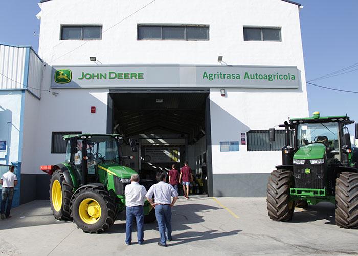 Jornada de puertas abiertas de Agritrasa Autoagrícola en Torredonjimeno (Jaén)