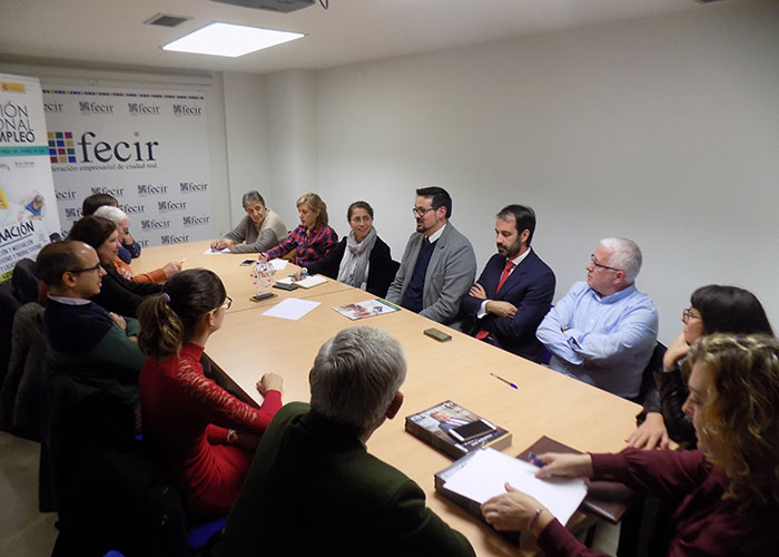 La sección de Clínicas Privadas de FECIR informa de la situación del sector y de sus acciones en defensa del mismo