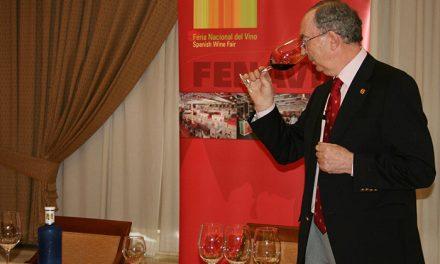 El reconocido sumiller Custodio Zamarra compartirá sus conocimientos de vino con los ciudadrealeños en una cata abierta al público
