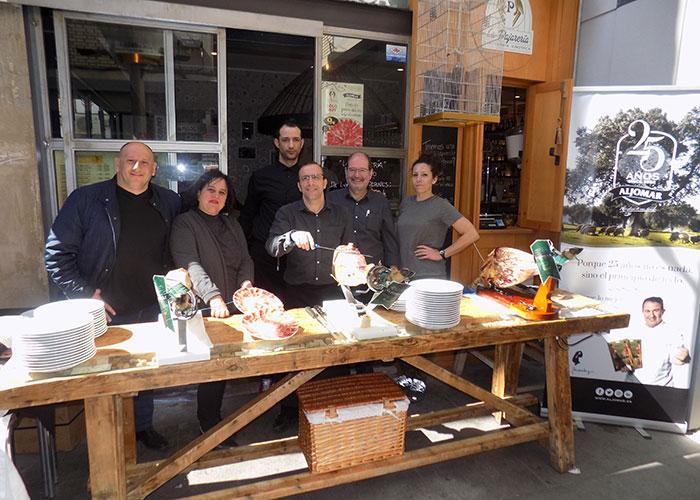 La Pajarería y Aljomar realizaron unas jornadas de jamón ibérico