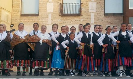 Grupo de Coros y Danzas de Ciudad Real María José Melero