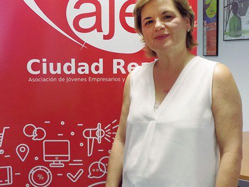 """Juana Mellado Nieto: """"Son 25 años de lucha y éxitos en AJE en el que se ha vivido cada proyecto como propio"""""""