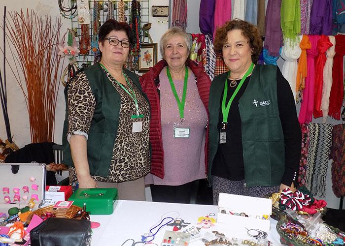 El II Mercadillo Solidario de la AECC abre sus puertas en la calle Postas, 6 hasta el viernes 29 de noviembre ¡¡¡¡colaboren!!!!