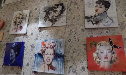 """La Pajarería cuenta con una exposición titulada """"Pájaros en la cabeza"""""""