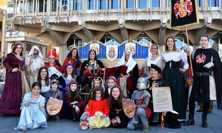 El montaje sobre el VI Centenario de Ciudad Real de la Asociación de Dulcineas se alza con el Premio de Murgas