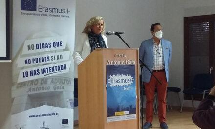 El Centro de Adultos presenta sus dos proyectos Erasmus+ y la nueva oferta educativa
