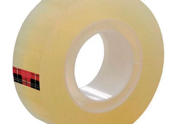 Cuándo y cómo nació la cinta adhesiva