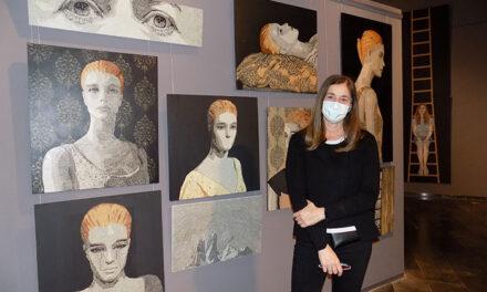 Fantástica exposición de miradas y libertades de Elena Poblete en el Museo del Quijote