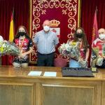 Carrión de Calatrava reconoce los méritos deportivos de Claudia Moraga y Davinia Sobrino, dos jugadoras del Balonmano Pozuelo