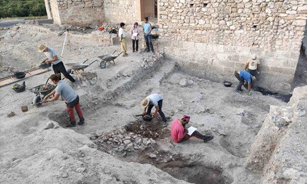 Finaliza la 33ª campaña de excavaciones en Calatrava La Vieja en la que 18 arqueólogos de toda España han participado