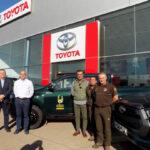 Tresa Motor entrega una flamante flota de 17 Toyota Hilux pick up 4×4 y un Land Cruiser a Agrocinegética San Huberto